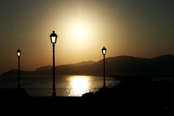 sunset-beach-sea-ocean-mountains-horizon-silhouette-lamps-italy-europe-beach-summer